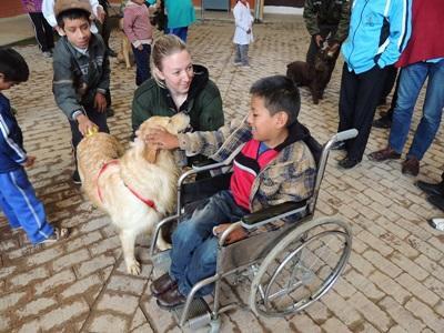 Frivillig på prosjekt innen hunde- og hesteterapi for barn med spesielle behov i Bolivia