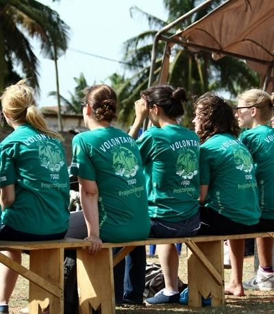 En gruppe av Projects Abroad-frivillige i Togo.