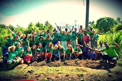 En gruppe frivillige på Fiji har plantet mangrovetrær