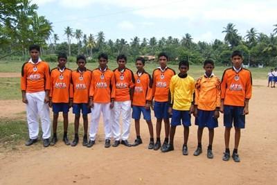 Kroppsøvingklasse på en skole på Sri Lanka