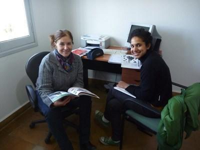 Frivillig i en time med en Projects Abroadlærer på spanskkurs