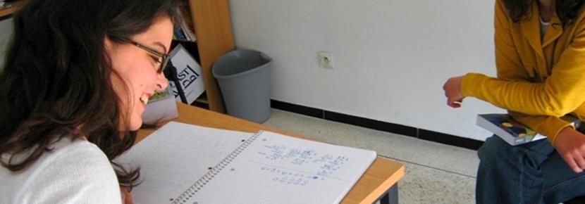 En Projects Abroad-frivillig lærer arabisk i Marokko