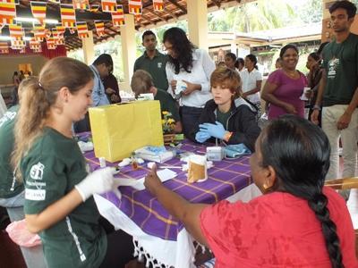Frivillige på Medisinprosjekt på Sri Lanka