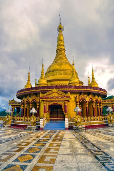 et av de mange fantastiske Hindu templene i Bangladesh