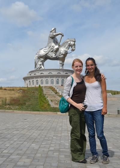 Frivillige som reiser til en lokal turistattraksjon i løpet av sitt opphold med Projects Abroad i Asia