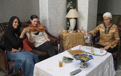 Tid for te med vertsfamilier og frivillige i Marokko