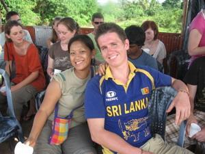Frivillig sammen med Projects Abroads ansatte på Sri Lanka